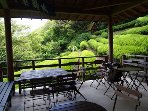 Shizukatei Tea Garden in Kobe: Terrace