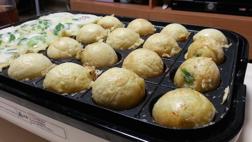 Easy Takoyaki Recipe: almost done