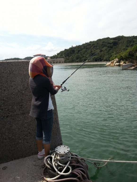 Mrs_Wada_fishing
