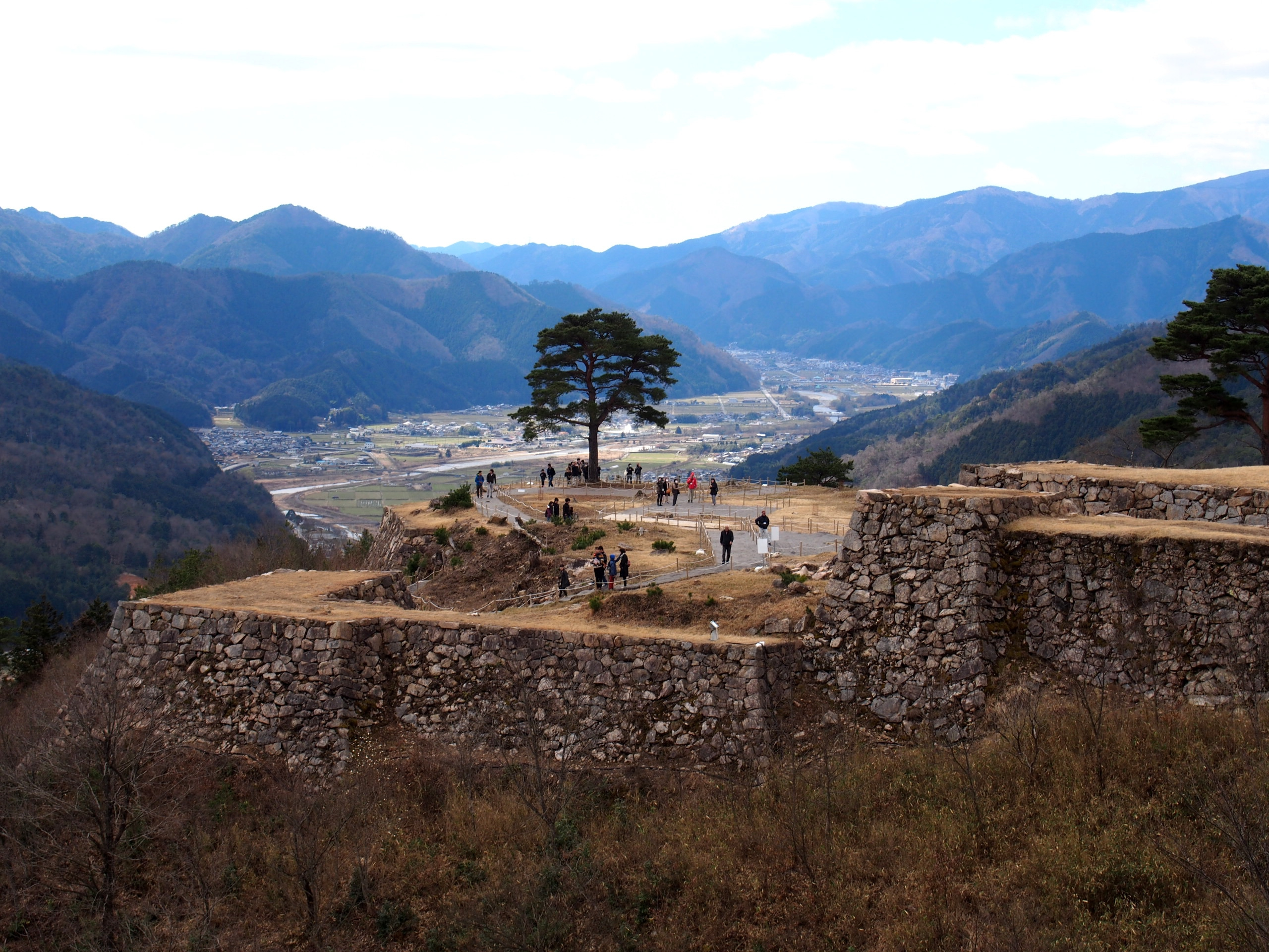 Machi Picchu-like view: Takeda Castle Ruins