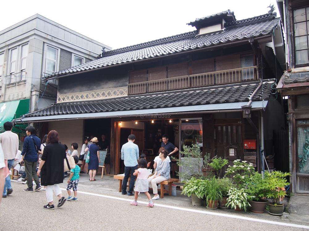 Hokubo Maniwa Firefly Festival 2016: Rice store (cafe)