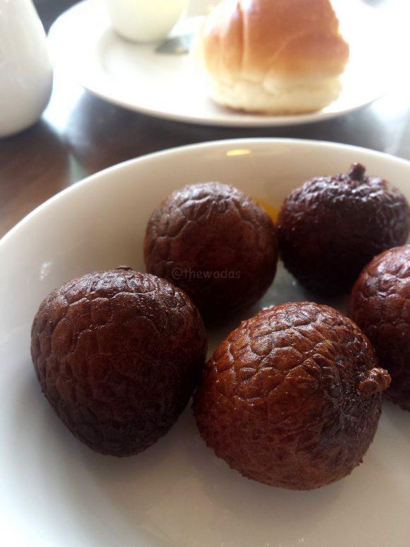 morning_buffet_in_kurashiki_lychee