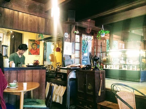 Tereya Cafe in Ushimado: counter