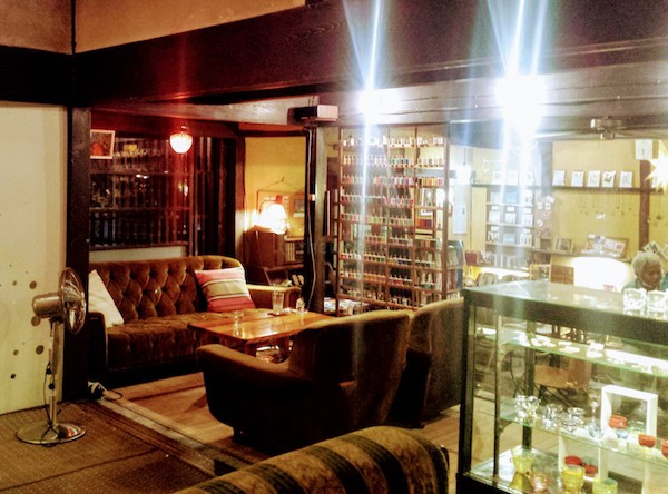 Tereya Cafe in Ushimado: inside the cafe