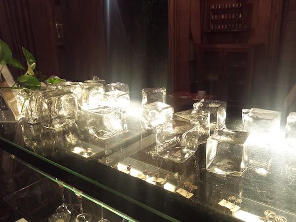 Tereya Cafe in Ushimado: glass items
