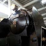 Steam train (close)