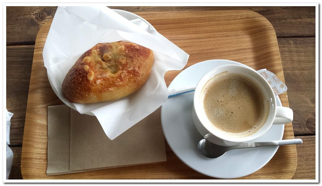 Bread coffee