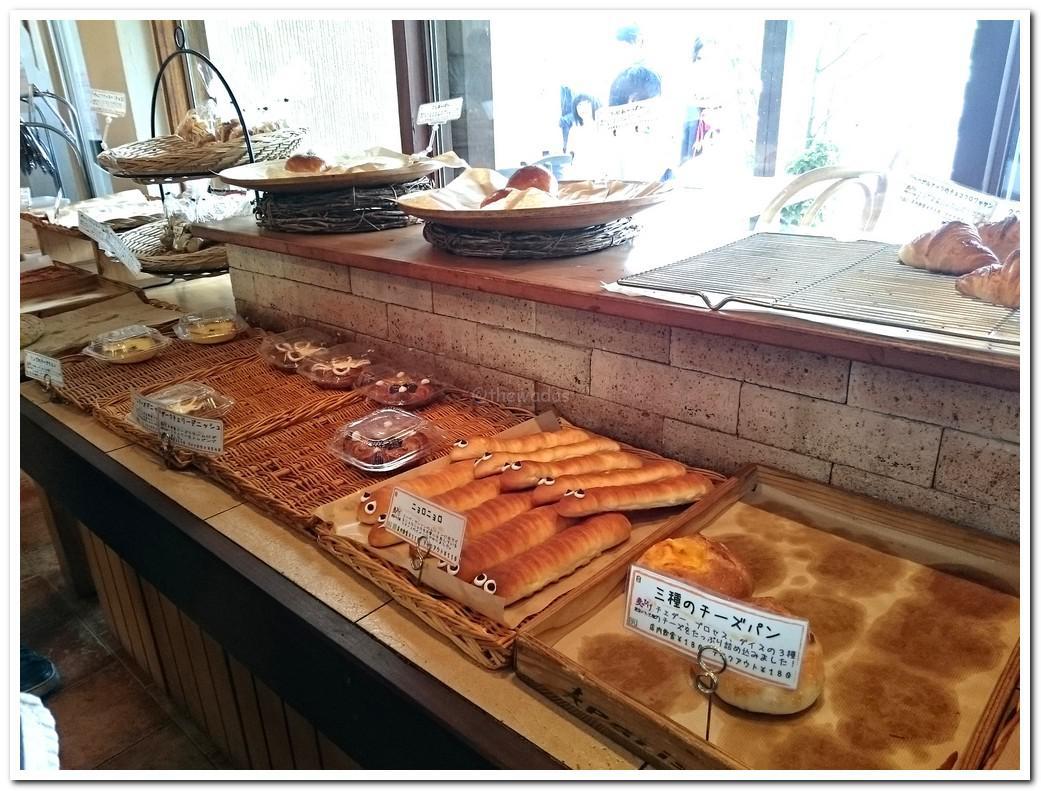 Muginohige Bakery in Akaiwa