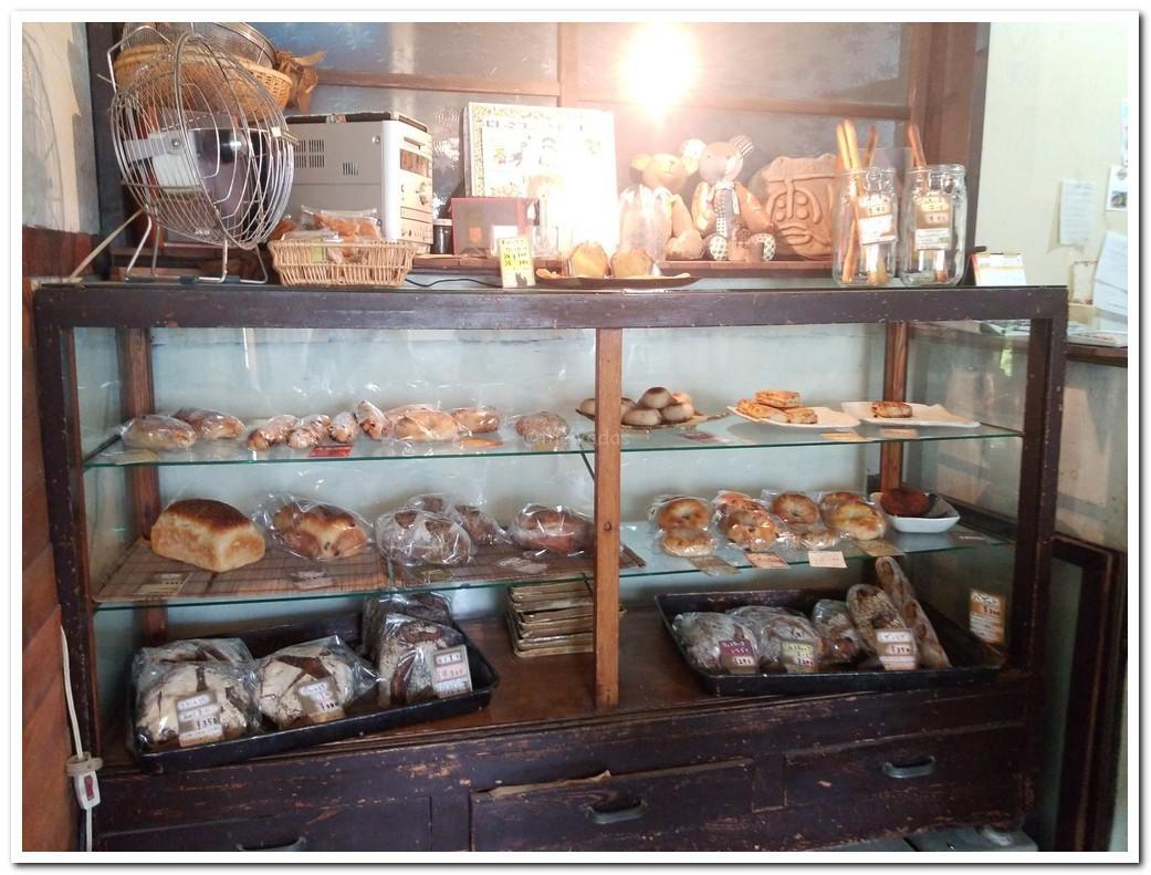 Bakery Yukibolo in Misaki-cho (Okayama)